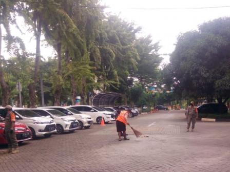 28 Sanctioned After not Wearing Masks on Jalan Soemarno