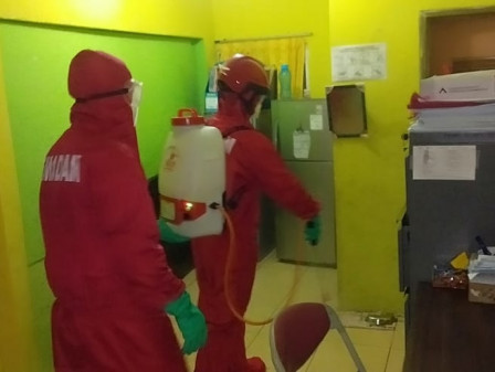 Health Post in Pari Island Sprayed with Disinfectant