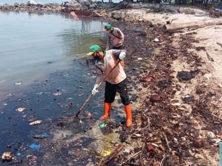 Residents Affected by Oil Spill must Be Compensated, Regent Says