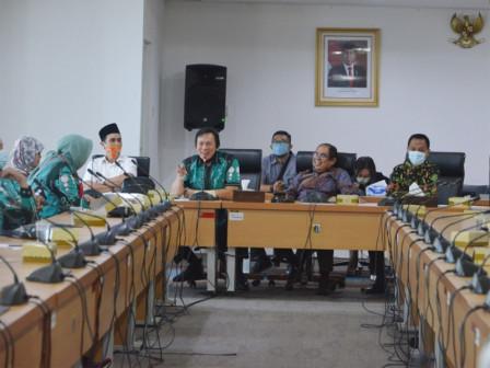 DPRD Provinsi Lampung Pelajari Proses Pemberian PMPD Ke DPRD DKI