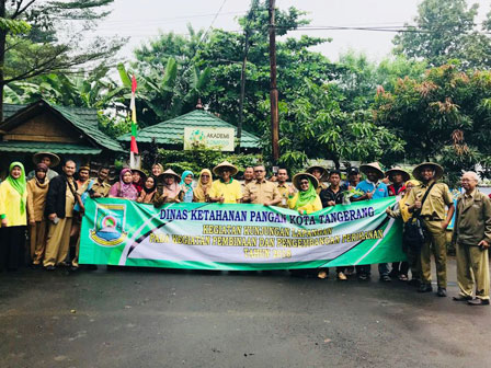 Tangerang Government Apparatuses Learn Urban Farming in Jakarta