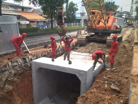 Pembangunan Saluran Phb di Jl I Gusti Ngurah Rai Capai 30 Persen