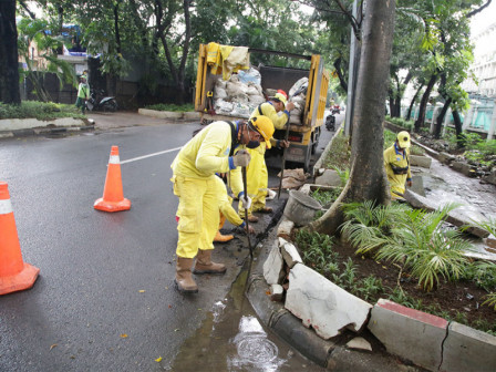Satgas Bina Marga Bersihkan 92.317 Titik Tali Air di Jakarta