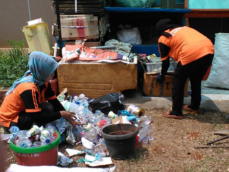 Waste Bank in Jakarta Is still Very Minimal