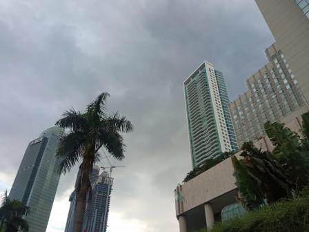 Sebagian Wilayah Jakarta Diprediksi Berawan