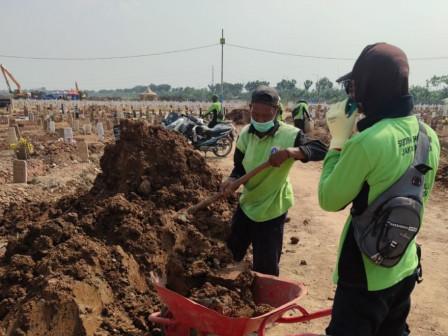 Pemprov DKI Gerak Cepat Padatkan Tanah dan Pengecekan Rutin Antisipasi Makam Amblas di Rorotan