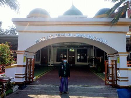 PNS ini Bangga Bisa Menjadi Imam Masjid di Luar Wilayahnya