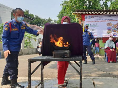 Sudin Gulkarmat Jaktim Bentuk SKKL di RW 01 Pondok Ranggon