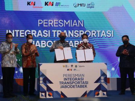 Resmikan Penataan Stasiun Tebet dan Palmerah, Gubernur Anies: Transportasi Umum di Jakarta Makin Ter