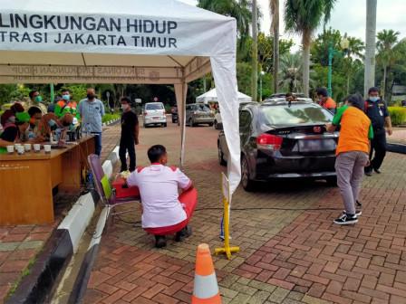 220 Vehicles in East Jakarta Undergo Emissions Test