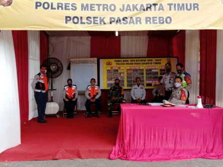 Homecoming Ban, 120 East Jakarta Sudinhub Personnel Assist in Securing Areas