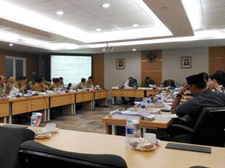 Dewan Minta Fit and Proter Tes Wali Kota Jakut