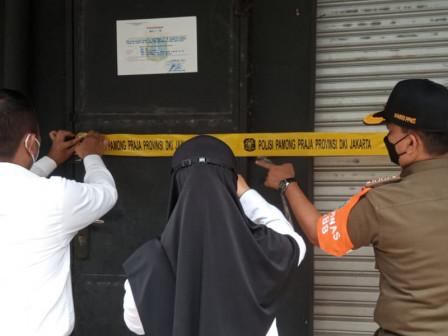 Breaking PSBB Rules, Karaoke and Restaurant in West Jakarta Closed