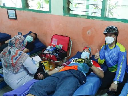 Walikota Apresiasi Kolaborasi Donor Darah Komunitas Sepeda Bersama Pemkot Jakut