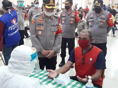 500 People Take Rapid Tests at East Jakarta GOR