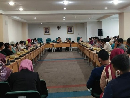 DPRD Secretariat Holds Sosperda Technical Meeting