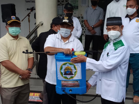 North Jakarta Holds Friday Cleaning Activity in Koja