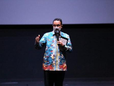 Governor and Market Heads in Jakarta Hold Nobar for Film Pulau Plastik