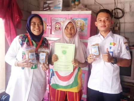 31 IKMs in Thousand Islands Receive Halal Certificate