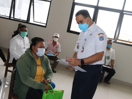 Anies Makes Sure BST Distribution Process Runs Orderly