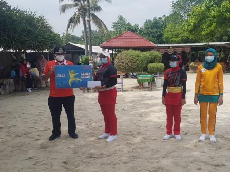 Lomba Senam Sundul Langit Berhasil Dimenangkan Tim Senam Kelurahan Pulau Tidung