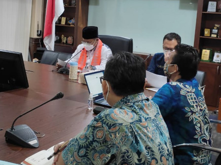 Pemkot Jakpus Gelar Rapat Evaluasi Pendistribusian BST