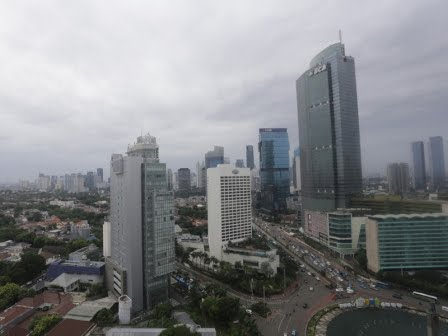 Bright Cloudy Sky Covers Parts of Jakarta Today