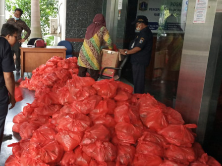Elderly People and Orphans in Thousand Islands to Receive 2,000 Packages of Staple Food