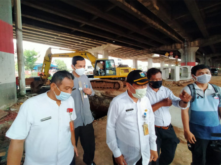 Crossing Channels Under Jalan DI Panjaitan Work Project Reaches 65 Percent
