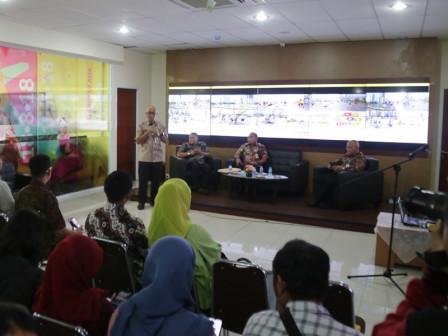 Pemerintah Provinsi DKI Jakarta Berkomitmen Kembalikan Fungsi Utama HBKB Melalui Zonasi Pedagang di