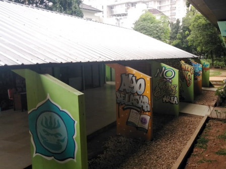 Gondangdia RPTRA Looks More Attractive with Mural and Graffiti