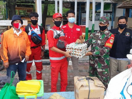Thousand Islands PMI Provides Logistic Aid for Rescue Team in Lancang Island Post