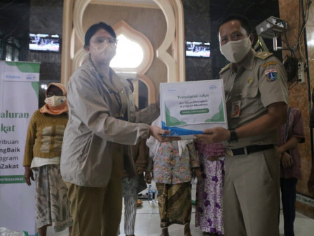 RW 07 Kelurahan Kalibaru Terima Bantuan 500 Paket Bahan Sembako