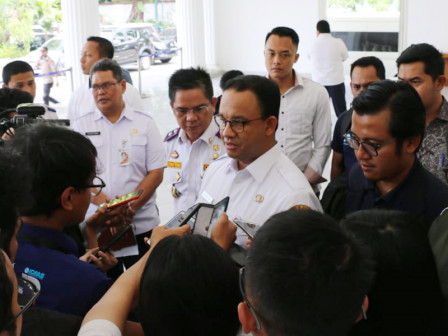 Anies Affirms City's Commitment to Integrate Public Transportation in Jakarta