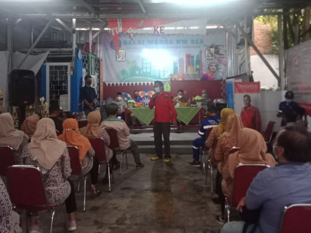 Commission A Member Collects Aspirations of Residents in Kebon Baru