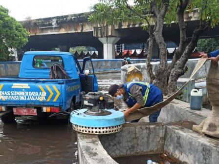 Genangan di Jl. Lodan Raya dan Jl. R.E. Martadinata Tertangani