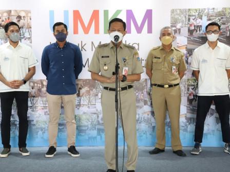 Pemkot Jaksel Terima Bantuan Paket Donasi dari HIPMI Jaya