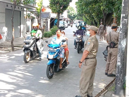 PSBB Violators are Still Detected in Matraman Area