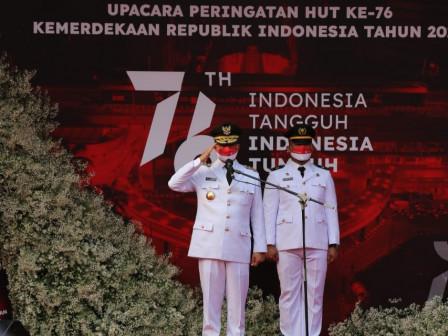 Pimpin Upacara HUT Ke-76 Kemerdekaan RI, Gubernur Anies Ajak Seluruh Komponen Hadirkan Keadilan Sosi
