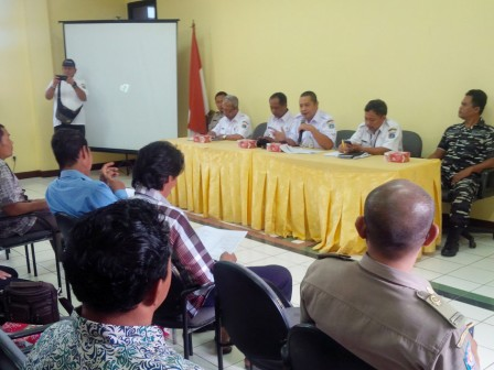 Untung Jawa Residents Proposing for Water Channel and PJU Repair