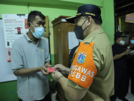 Social Cash Assistance Begins to Be Distributed in East Jakarta