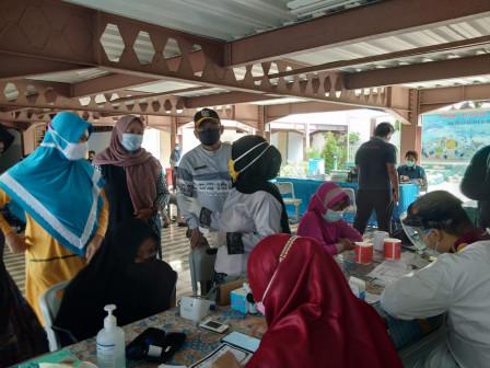 946 Warga di Kelurahan Pulau Kelapa Telah Ikut Vaksin Covid-19