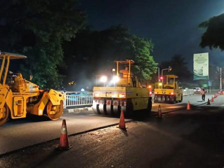 East Jakarta Bina Marga Repairs Damaged Road Points in Cijantung