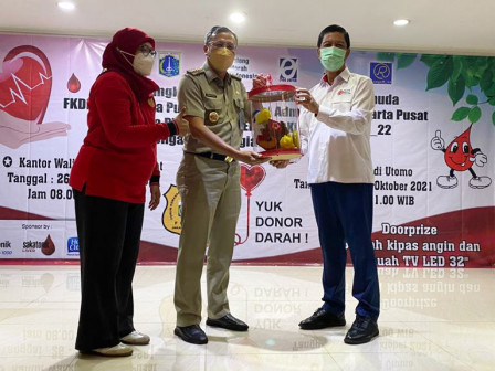 Memperingati Sumpah Pemuda, Pemkot Jakpus dan FKDM Gelar Donor Darah