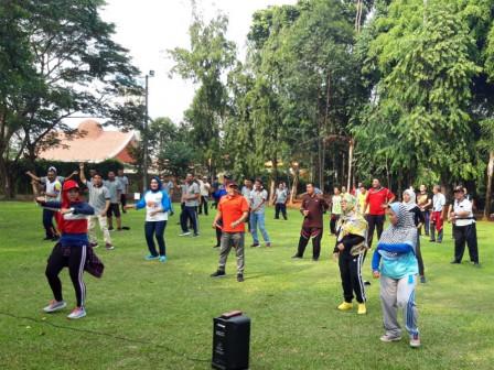 Jaga Kesehatan, ASN Kepulauan Seribu Gelar Olahraga Bersama di Ancol