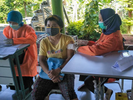100 Warga Ditargetkan Divaksin di RPTRA Payung Tunas Teratai