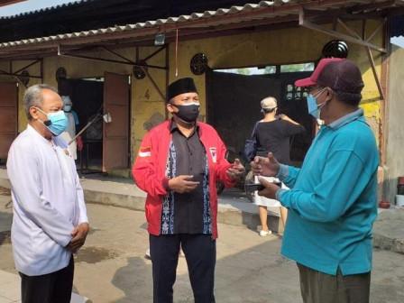 August Hamonangan Tinjau Krematorium Cilincing