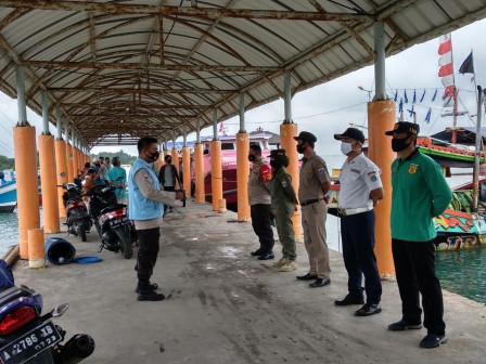 Mask Operation on Pari Island Being Intensified
