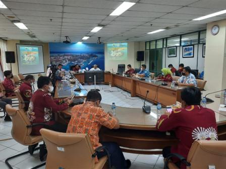 Pemkab - UTD PMI Kepulauan Seribu Kolaborasi Pelaksanaan Peringatan Donor Darah Sedunia 2021