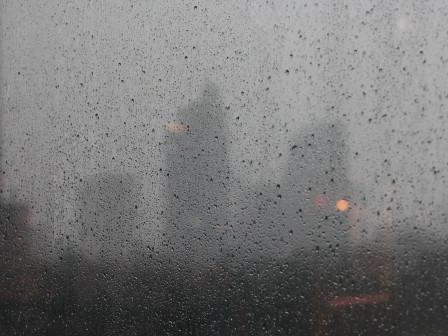 BMKG Prediksi Hari Ini Jakarta Diguyur Hujan